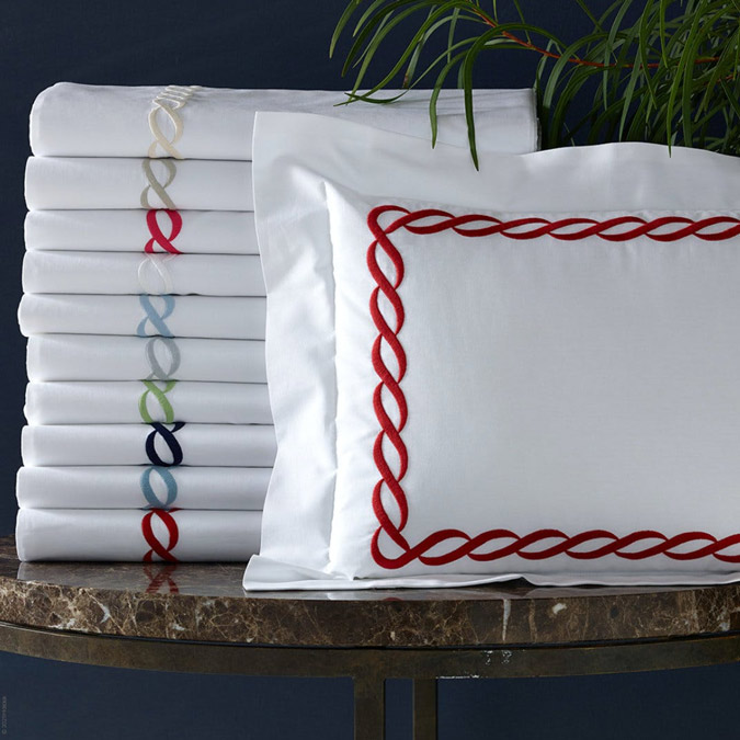 Classic Chain Percale Bed Linens