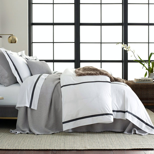 Lowell 600 Percale Bed Linens