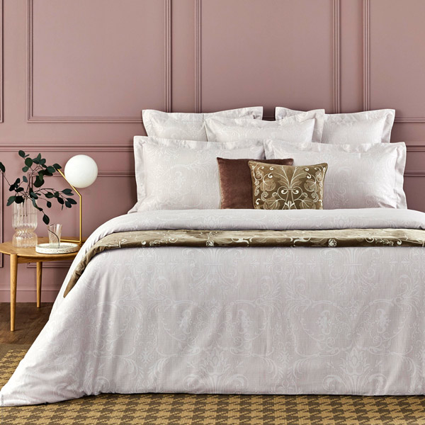 Tenue Chic Bed Linens